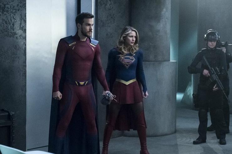 супергерл 6 сезон дата выхода всех серий